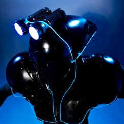 Blackbeam-close-up.jpg