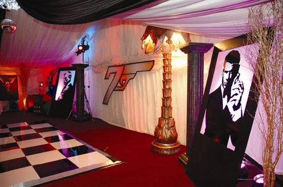 Casino Royale Themed Decorations And Props Flaming Fun