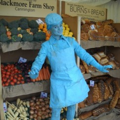Turquoise-living-statue.jpg