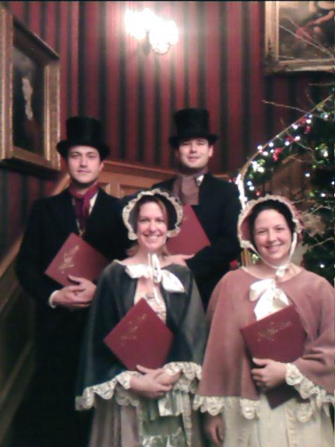 carolers - Christmas Carollers