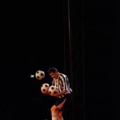 football-juggler-6.JPG