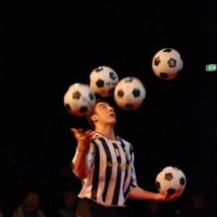 football-juggler-7.JPG
