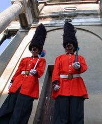guards_1.jpg