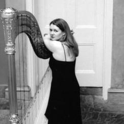 harpist_bwt.jpg