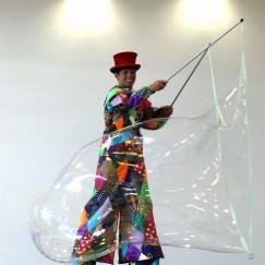 stilt-bubbleman.JPG