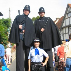 victorian-policemen-stiltwalkers.jpg