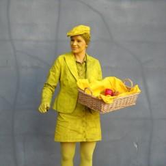 yellow-living-statue.jpg