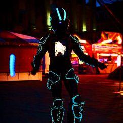 Gravitylive - Stilt Walkers - Light FX 3