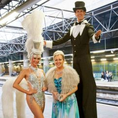 Gravitylive - Stilt Walkers - Top and Tails 3
