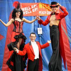 Stilt Walkers - circus 1