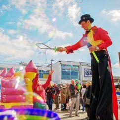 StiltwalkersWalkers - circus 5