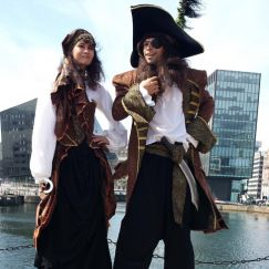 Pirate Stilt Walkers