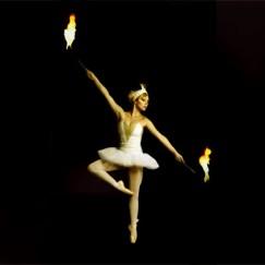 The-London-Cirque-Ballet-fire-performance-Divine-Company