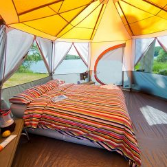 octagon-8-tent_with_double_bed