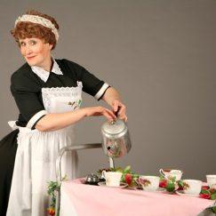 tea-lady-on-stiltwalker